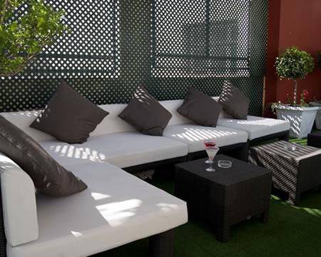 Arquiconcept hotel emperador madrid terraza piscina - Piscina hotel emperador ...